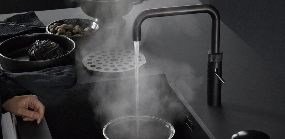 quooker zwart kleur in de keuken