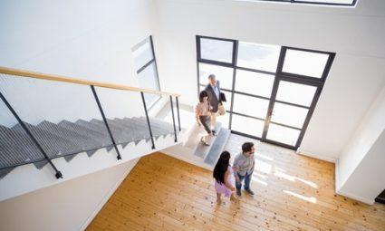 Kosten besparen bij de verkoop van je huis? Doe het zel