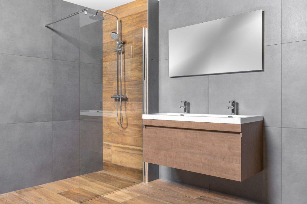 Complete badkamer met een klein budget
