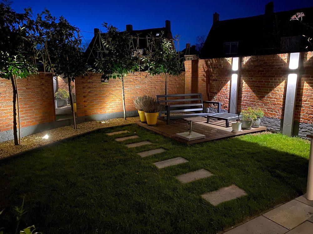 lichten in de tuin